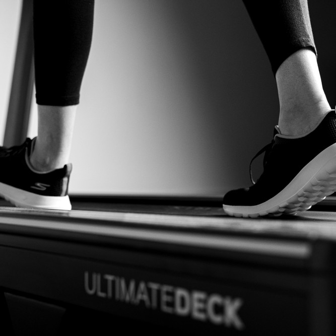 Patient running on the treadmill at Physiofit - Cambridge Physiotherapy and Sports Injury clinic
